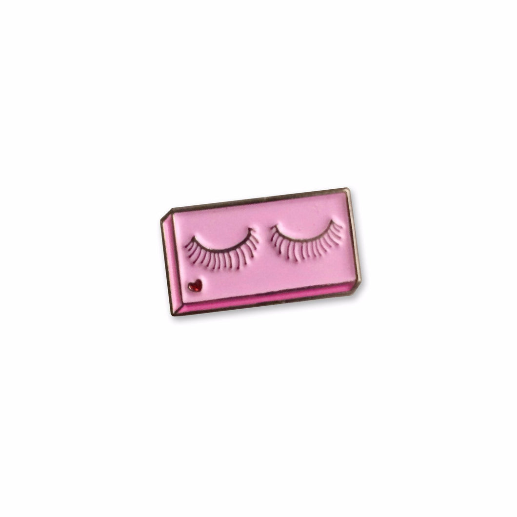 False Lashes Pin