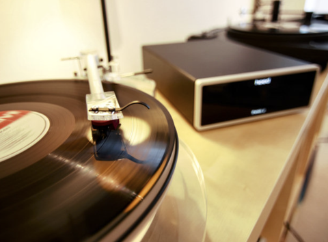 Heed Audio Thesis Phi with Turntable