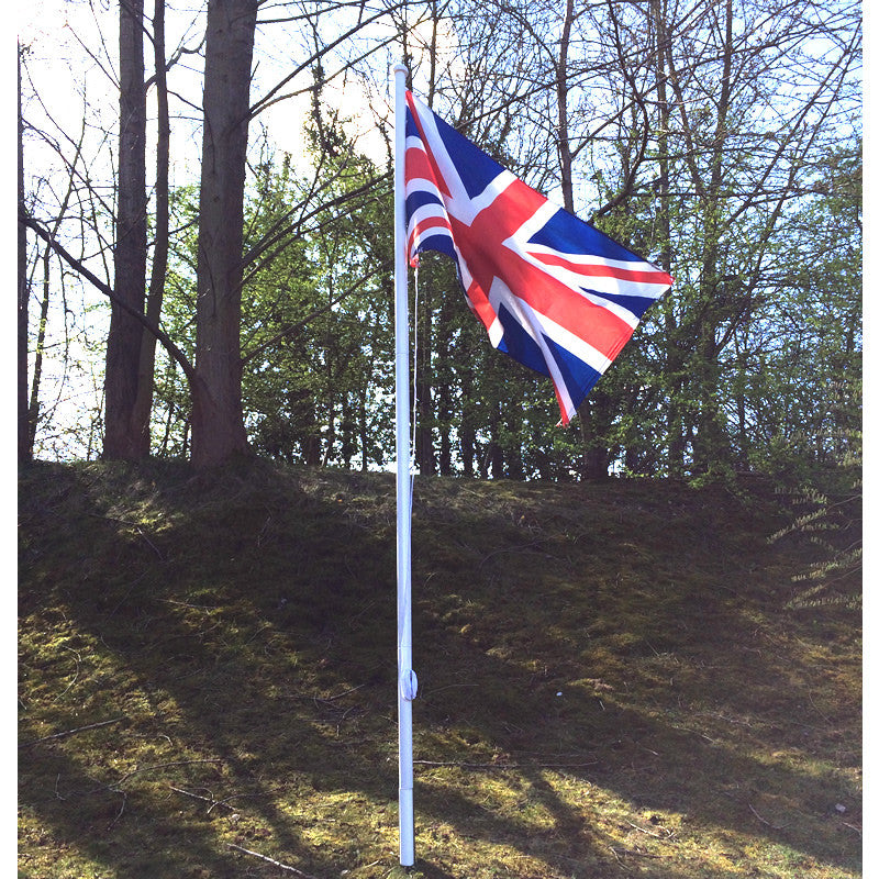 Value white Flagpole 3.6 metre, 3 section