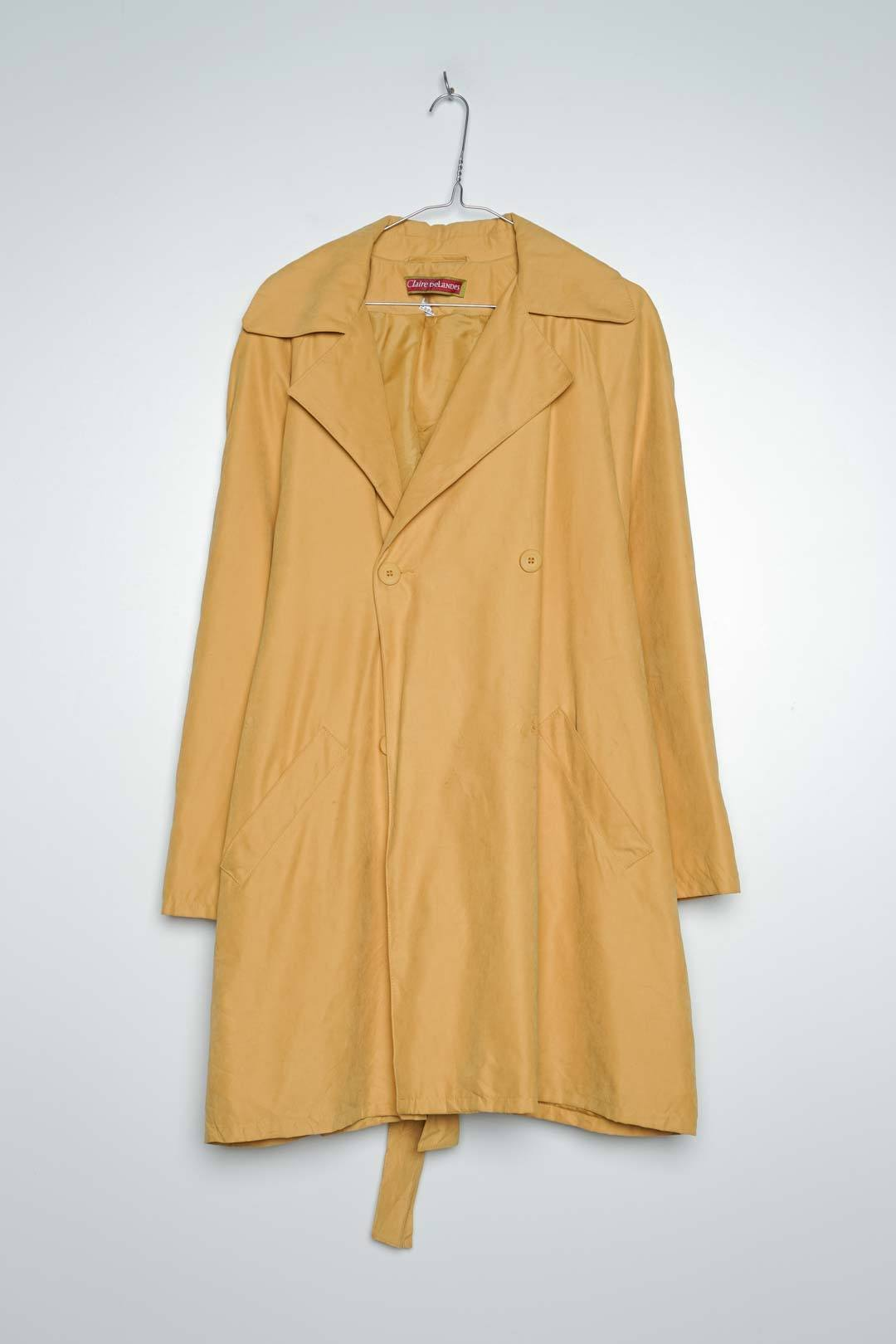 Yellow Threnchcoat Button Missing M - VinoKilo.com