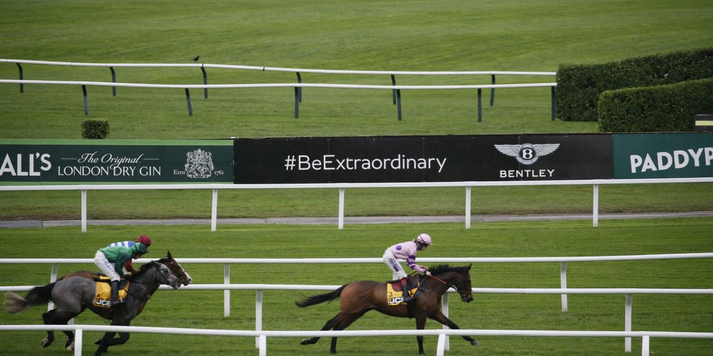 Bentley sprints into partnership with the Jockey Club