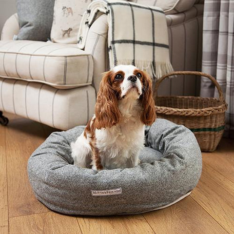 Luxury Stoneham Tweed Donut Bed  - Mutts and Hounds