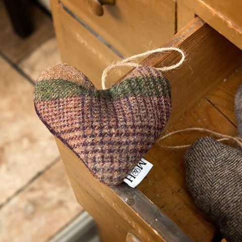 Luxury Grape Check Tweed Lavender Heart  - Mutts and Hounds