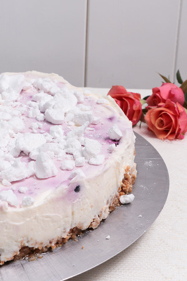 Laden Sie das Bild in den Galerie-Viewer, Heidelbeer NoBake Cheesecake
