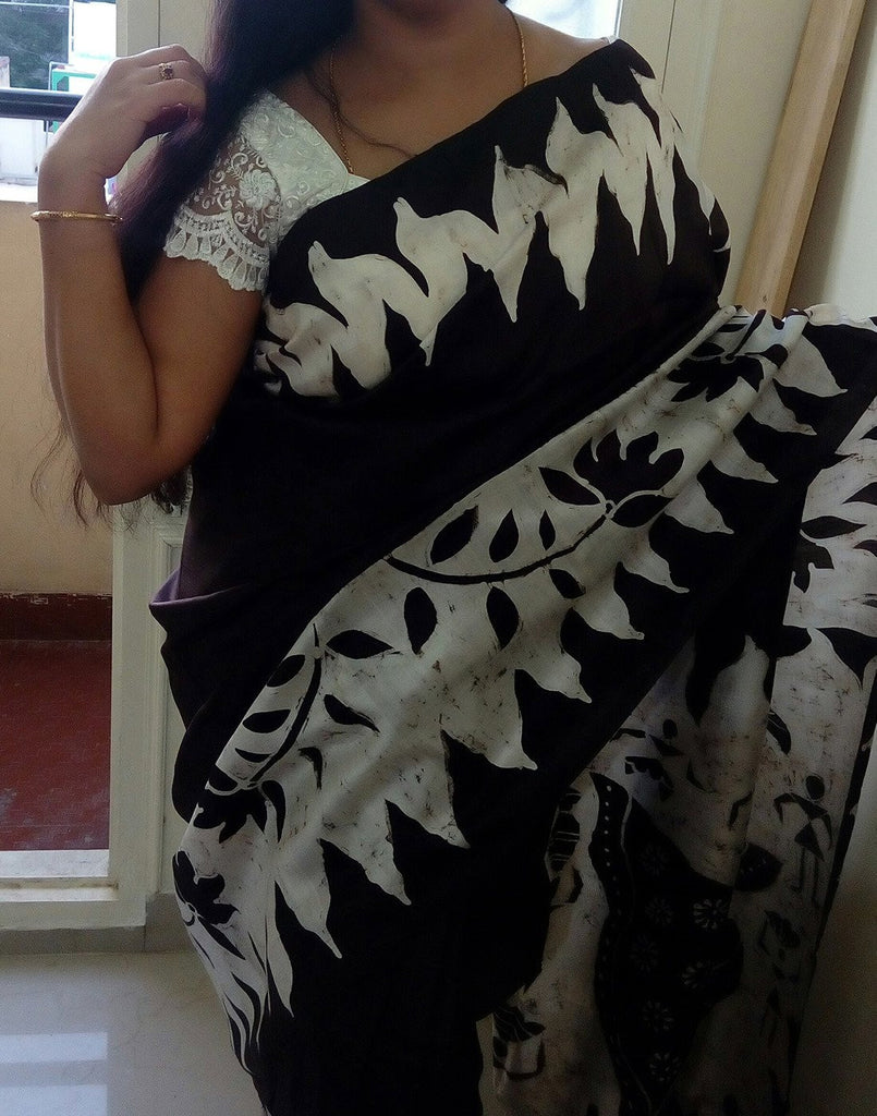 Dancing Damsel Handpainted Bishnupuri Silk Saree