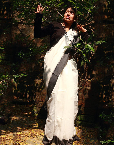 Black And White Silk Cotton Handloom Saree