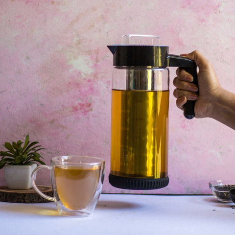 InstaCuppa Borosilicate Glass Infuser Pitcher 1300 ML with Easy To Grip And Heat Resistant Handle
