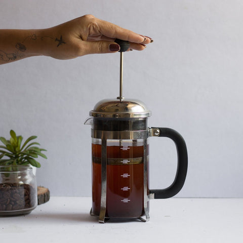InstaCuppa French Press Coffee Maker - How To Use - Step 3