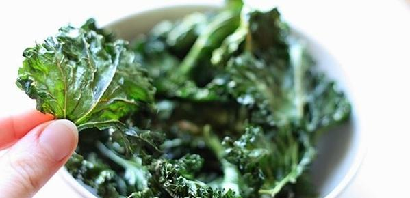 Recipe: Baked kale chips
