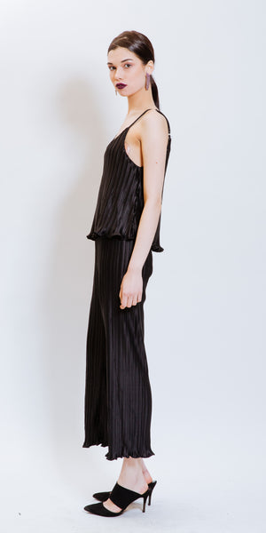 MADELYN PLEATED JUMPSUIT - BLACK