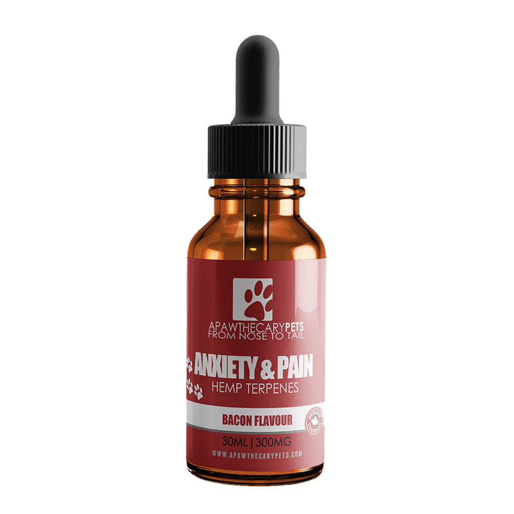 One 30mL bottle of 300mg of CBD oil in bacon flavor for cats and dogs