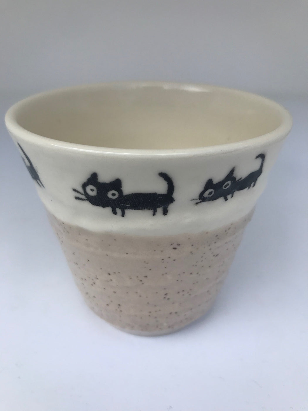 Tea cup cat border white base