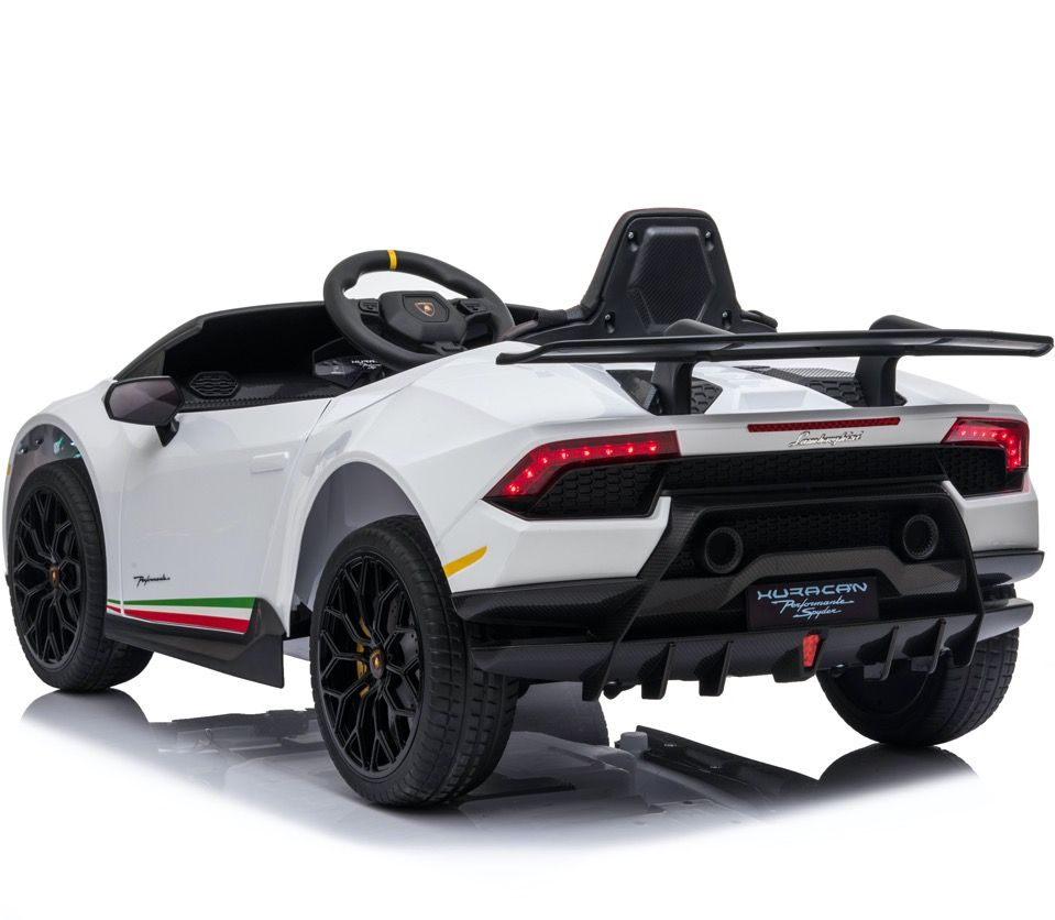 Licensed Lamborghini Huracán Performante Children's Battery Operated 12V Ride on car - White