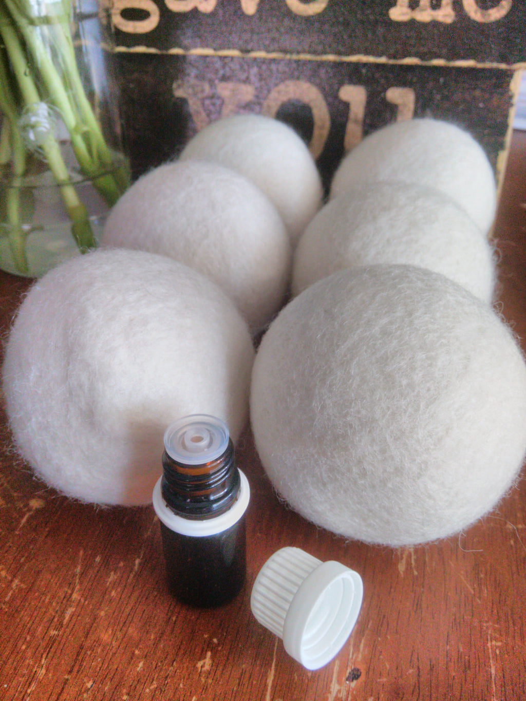 Set of wool dryer balls+ 5ml Scent of your choice-Sacred Soul Essentials