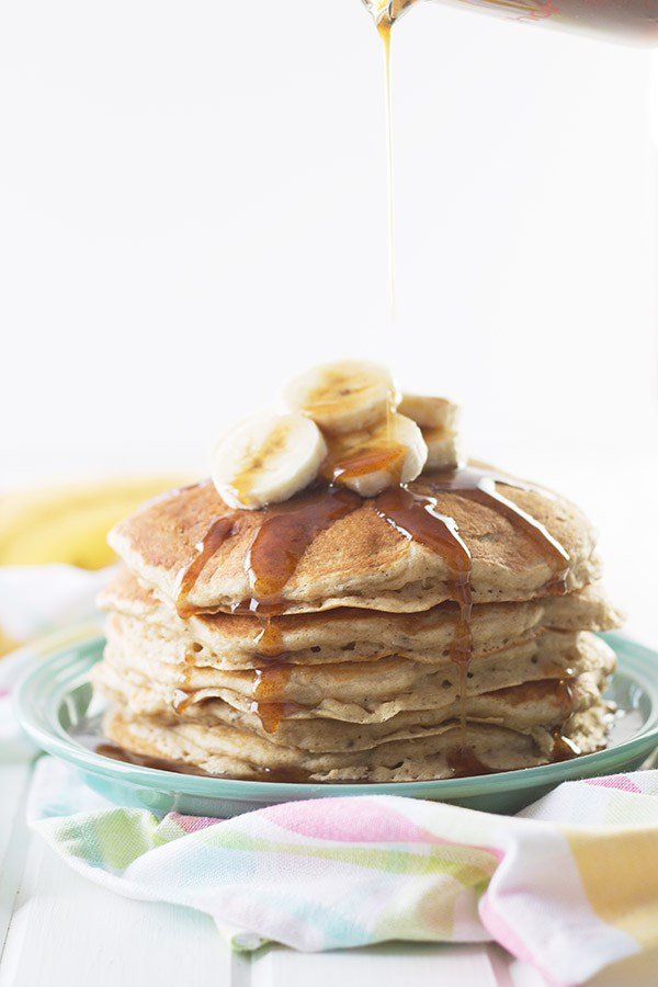 Banana-Pancakes-with-Cinnamon-Caramel-Syrup2