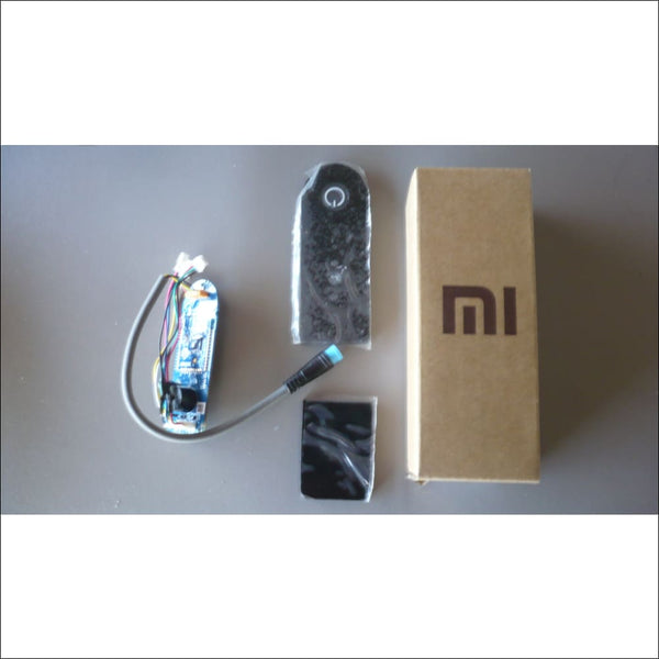 Carte bluetooth compatible Mi Home + Bouton On/OFF pour Xiaomi Mijia M365 - Miscooter