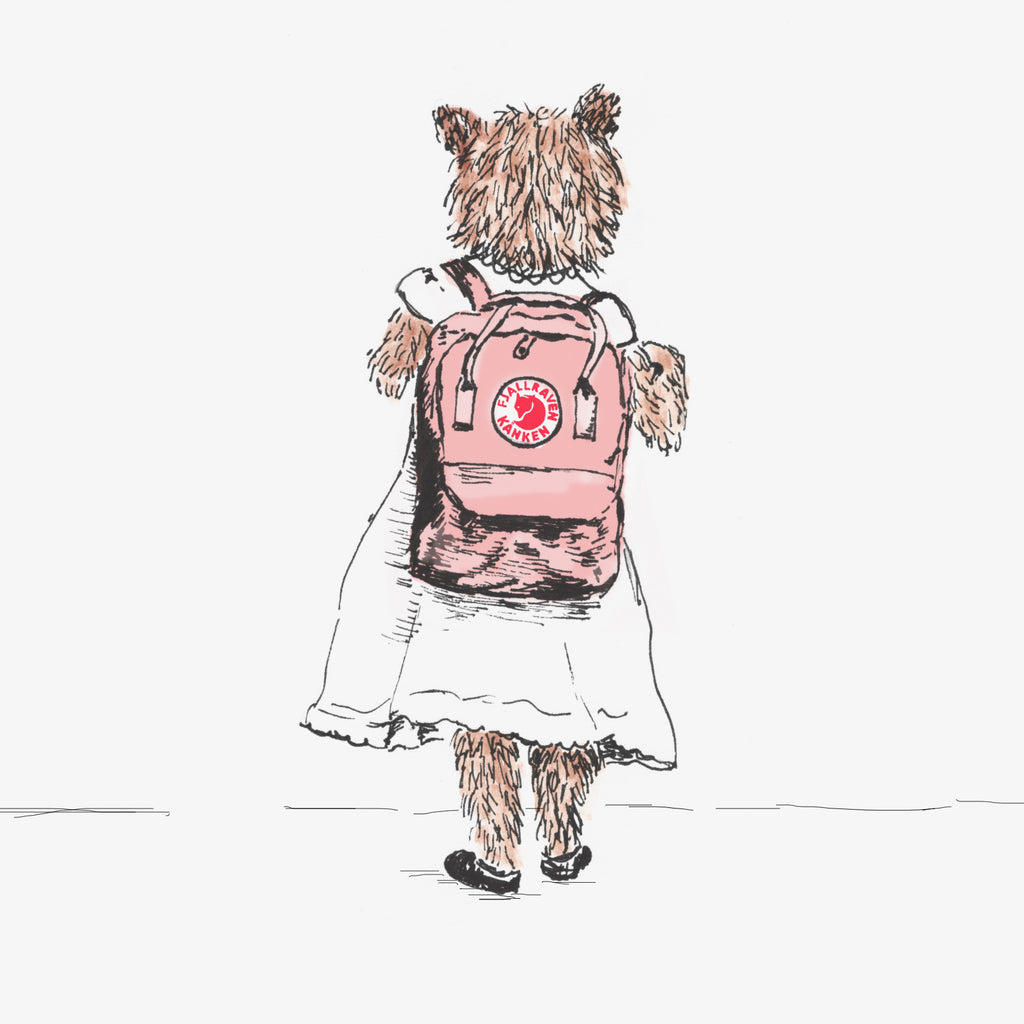 Sian Zeng's girl bear is heading back to school with her Fjallraven Kannen backpack in tow.