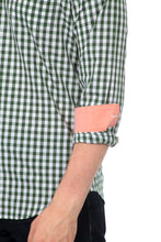 The Greyson Long Sleeve Gingham Plaid Shirt in Green