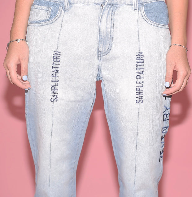 SAMPLE PATTERN BOYFRIEND JEANS