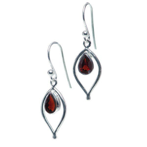 Petal Earrings, Garnet-Earring-teklaestelle-teklaestelle