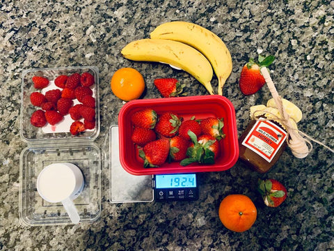 Truweigh Crimson Bowl with strawberries and bananas meal prep