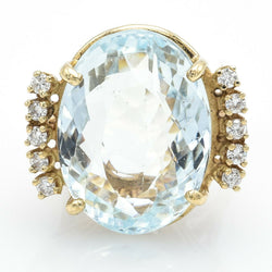 Vintage 14K Yellow Gold Aquamarine & Diamond Ring