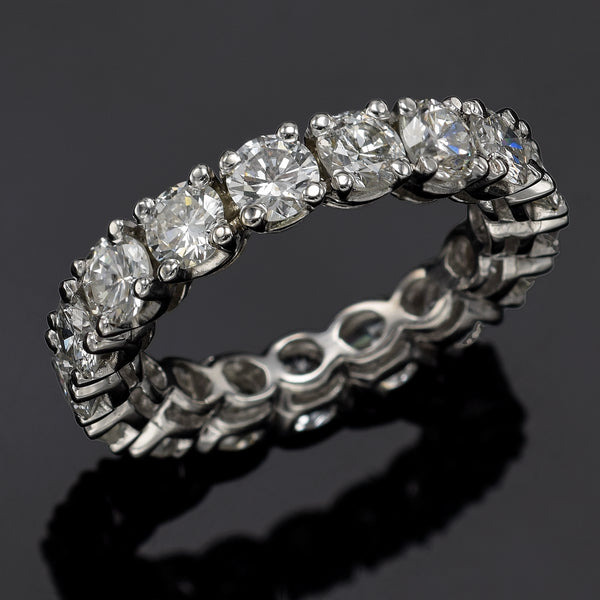 Vintage 14K White Gold 4.25 TCW Diamond Round Eternity Band Ring