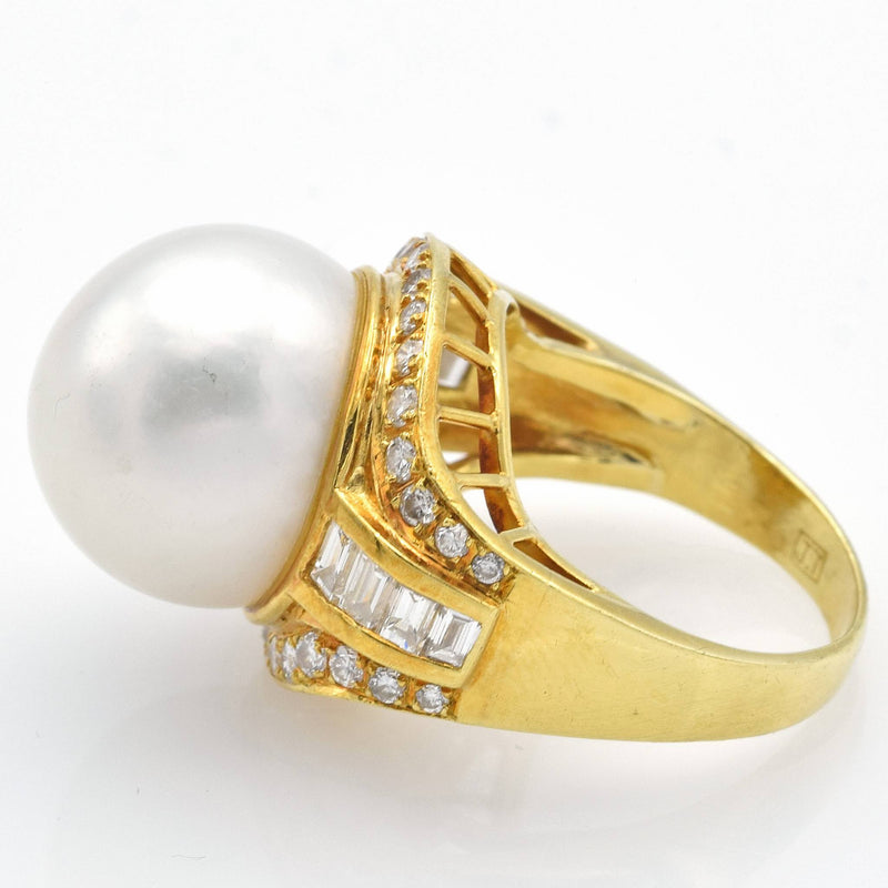 Vintage 18K Yellow Gold Sea Pearl & Diamond Cocktail Ring