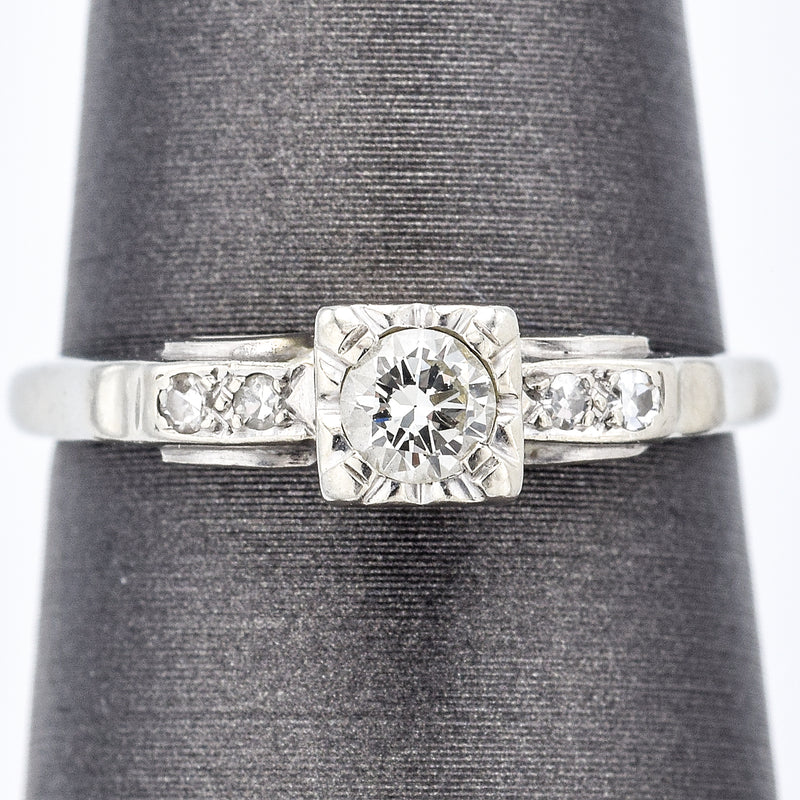 Antique 14K White Gold 0.17 Ct Diamond Art Deco Band Ring