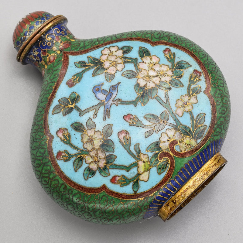 Antique Chinese Cloisonne Flask Shape Floral Snuff Bottle