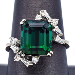 Estate 18K White Gold Green Tourmaline And Diamond Ring