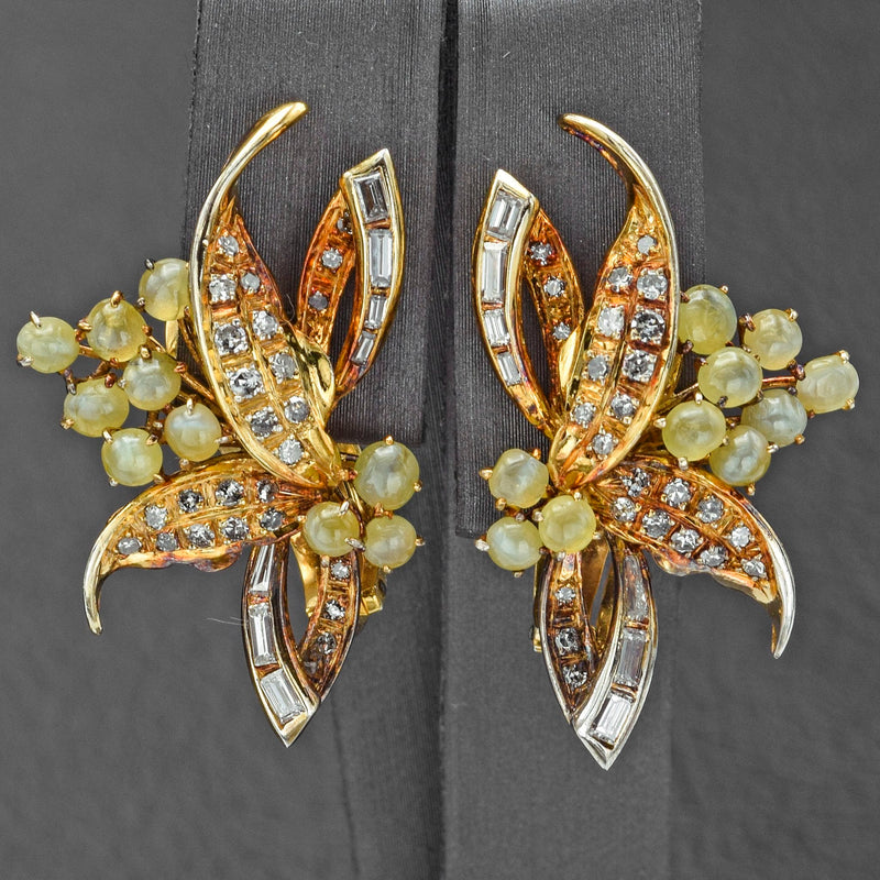 Vintage 18K Yellow Gold Cat's Eye Chrysoberyl & 3.77 TCW Diamond Brooch and Earring Set