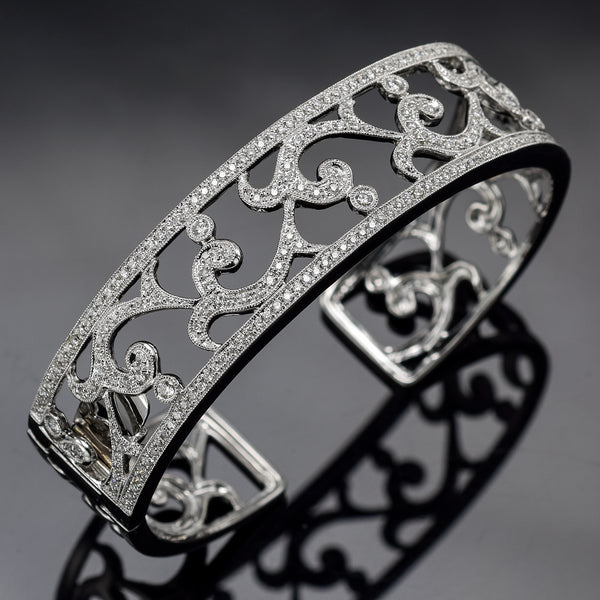 Leslie Greene 18K White Gold 1.20 TCW Diamond Hinged Cuff Bracelet