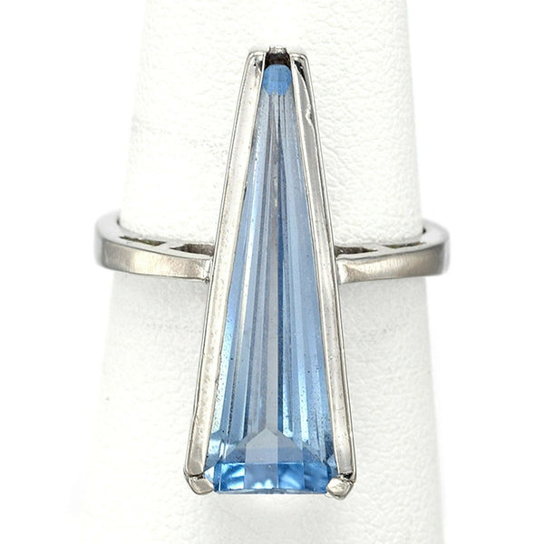 Vintage 14K White Gold 4.66 Ct Blue Spinel Triangle Geometric Cocktail Ring