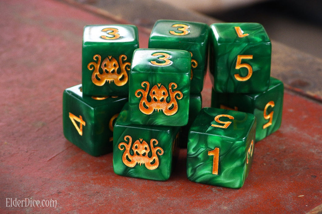 Brand of Cthulhu Dice: Drowned Green d6 set