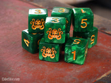 Brand of Cthulhu d6 dice in green set