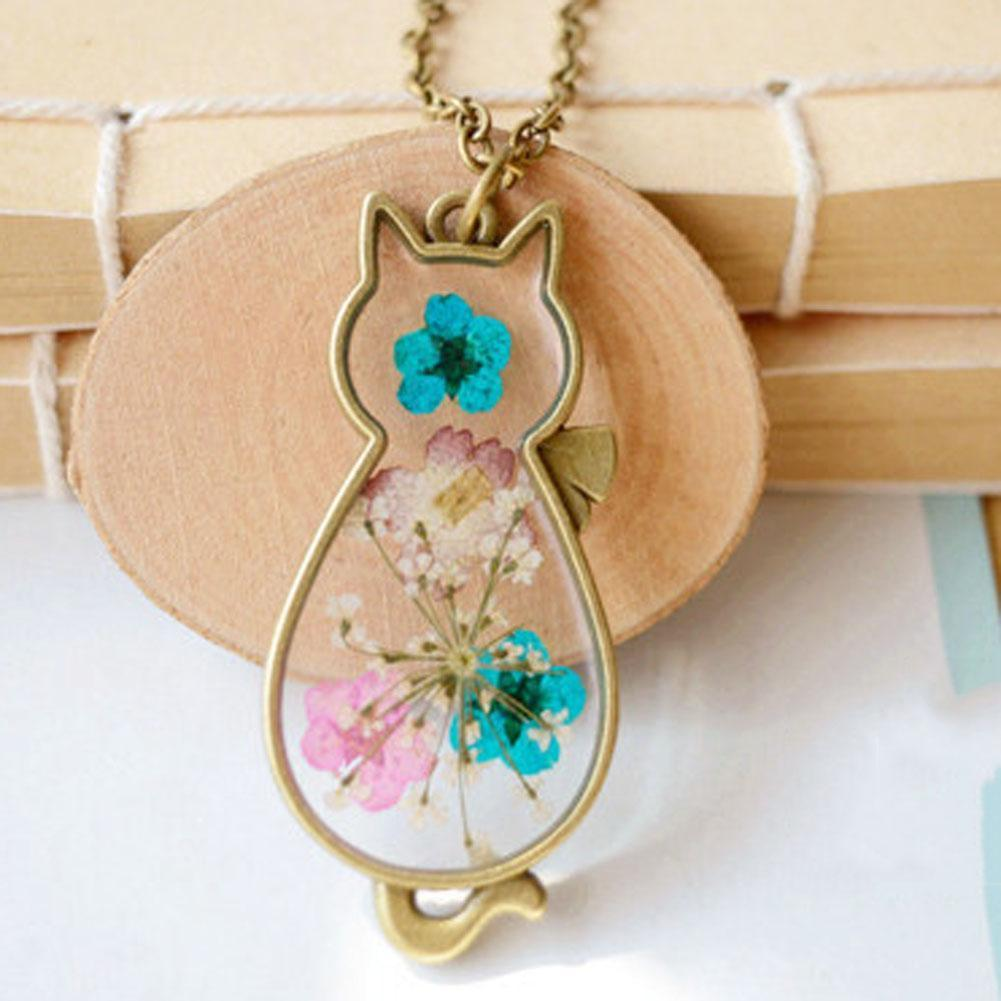 Floral resin cat necklace and pendant