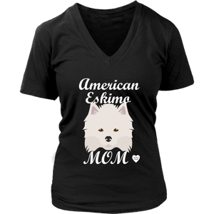American Eskimo Mom V-Neck T-Shirt Black