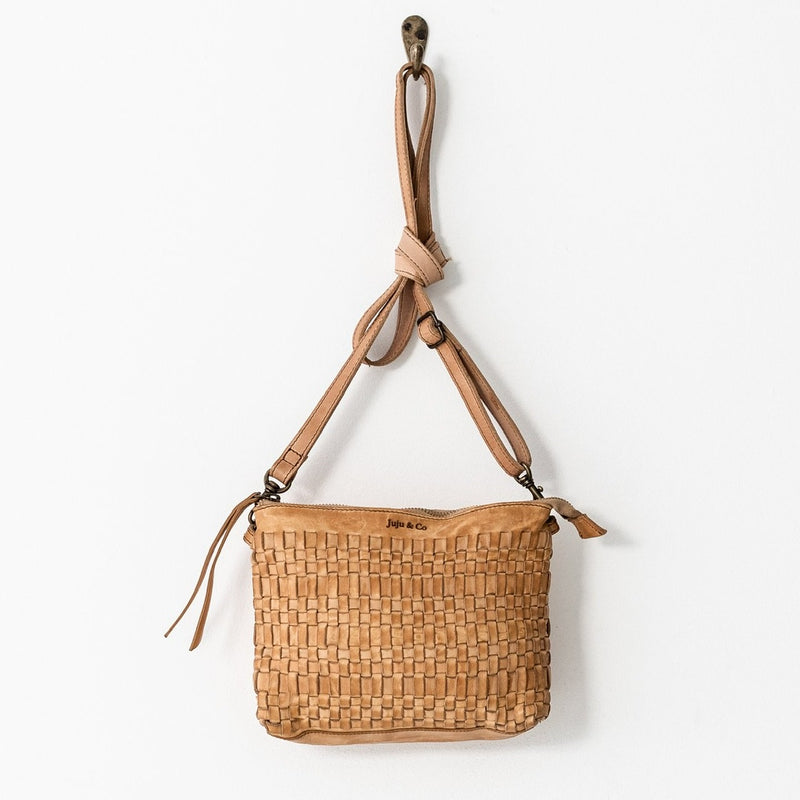 Juju & Co. Woven Pouch bag - Natural
