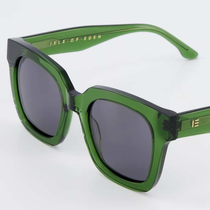 Isle of Eden Sunglasses - Maleika Green