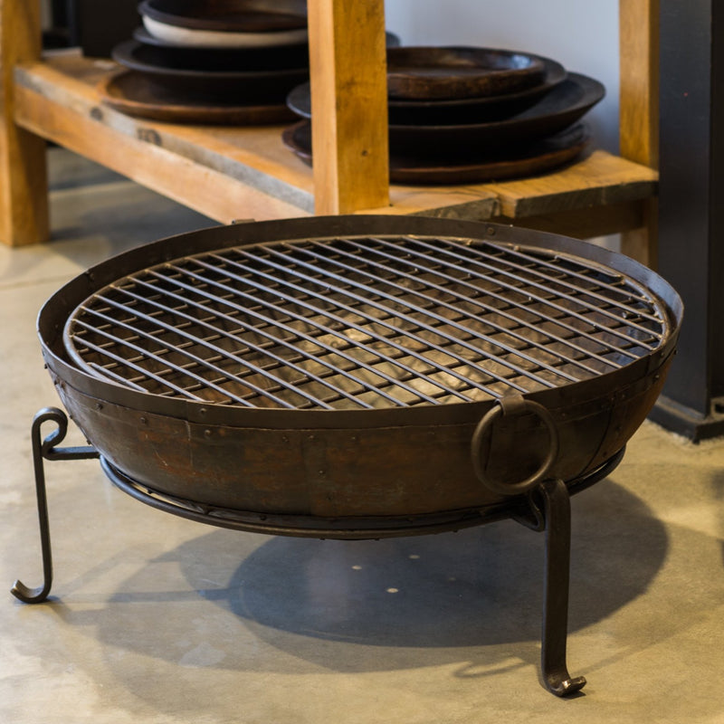 Fire Pit 80cm with Grill / Stand / Lifters