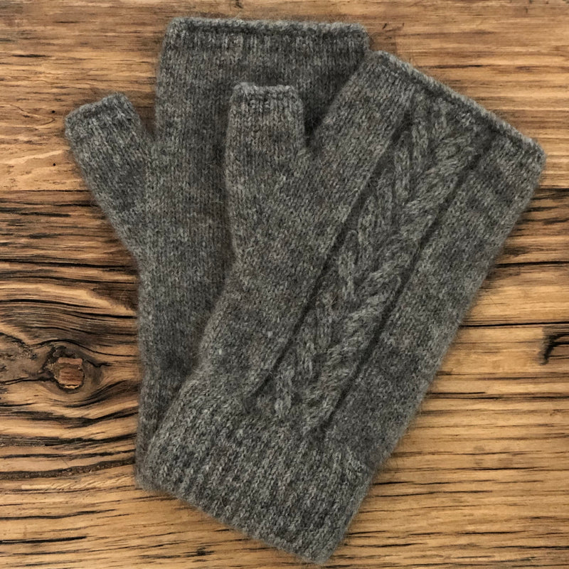 Possum Merino Cable Fingerless Mitten