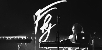 FEATURED MUSIC: FKJ (French Kiwi Juice)