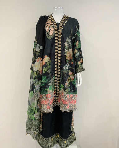 Black Ivana Embroidered Lawn Ladies Suit