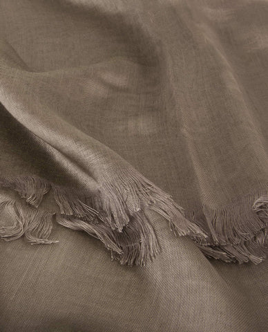CLASSIC SILKY FINISH HIJAB IN GREIGE