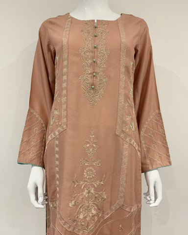 Clasico Elura Peach Embroidered Suit