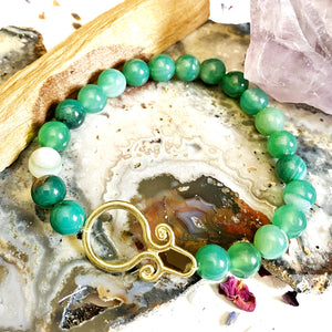 Gold Charm Beaded Bracelet with Green Agate