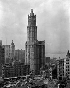 The Woolworth Building, Broadway and Park Place