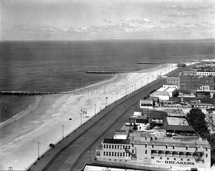 Coney Island Beach, Boardwalk, and Bathhouses – 1920s