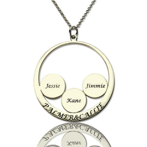 Personalized Family Name Pendant For Mom Silver